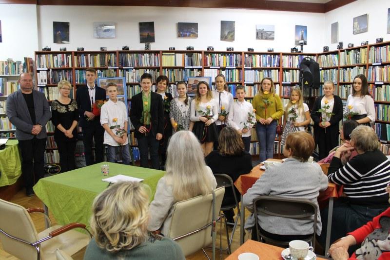 Jesienny wieczór poezji w międzyzdrojskiej bibliotece
