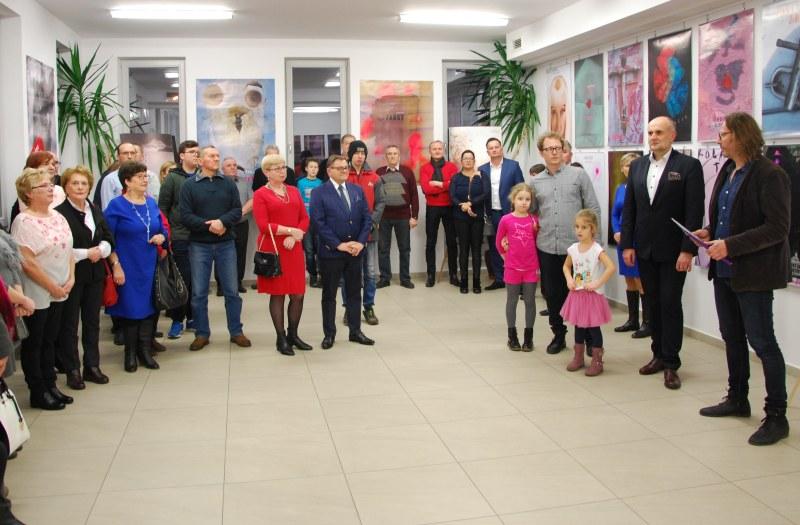 Plakaty i grafiki Piotra Florianowicza w MHZK