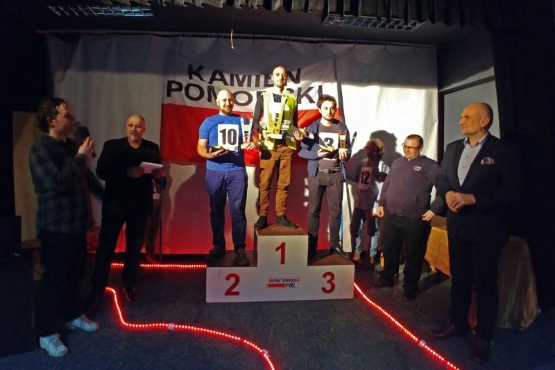 Piotr Berezowski z Wolina zwycięzcą Pierwszych Mistrzostw Kamienia Pomorskiego w Skokach Narciarskich