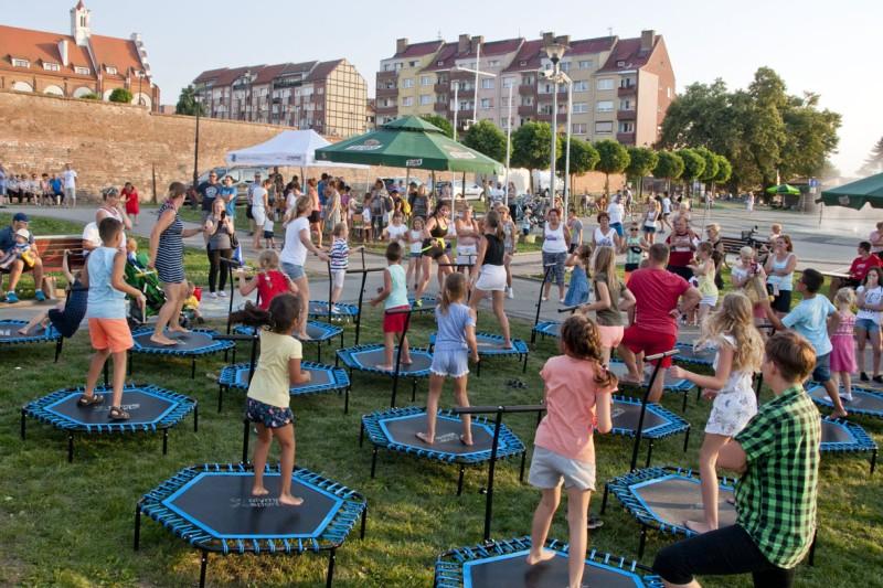 Piknik Rodzinny na Kamieńskiej Marinie pod hasłem: Sport I Rodzina