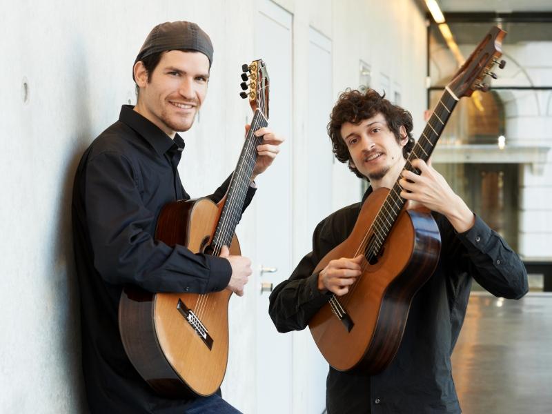Zapraszamy publiczność Kamienia Pomorskiego i okolic do przeżycia magicznego spotkania z gitarową muzyką brazylijską!